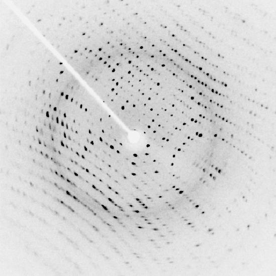 Eksempel på diffraktion fra enkeltkrystal
